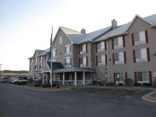 Country Inn & Suites - West Bend Wisconsin